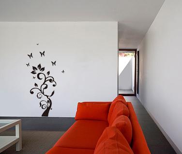 gėlė ant sienos