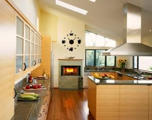 sieniniai laikrodžiai virtuvei